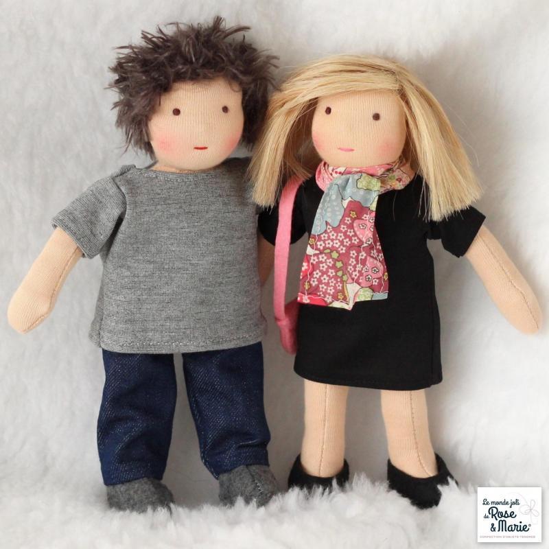 Couple le monde joli de rose et marie