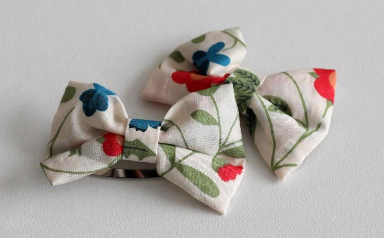 Barrettes Noeuds en Liberty Mirabel rouge