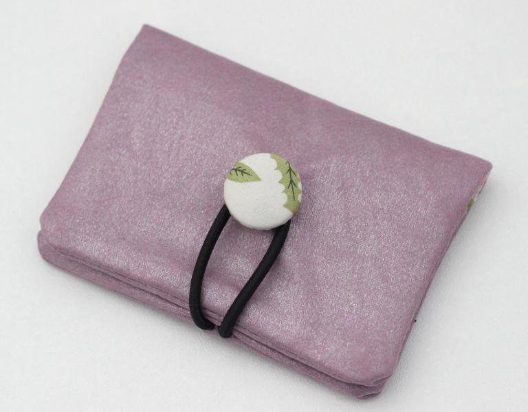 Petit porte cartes rose pétale, doublé de Liberty Mirabelle