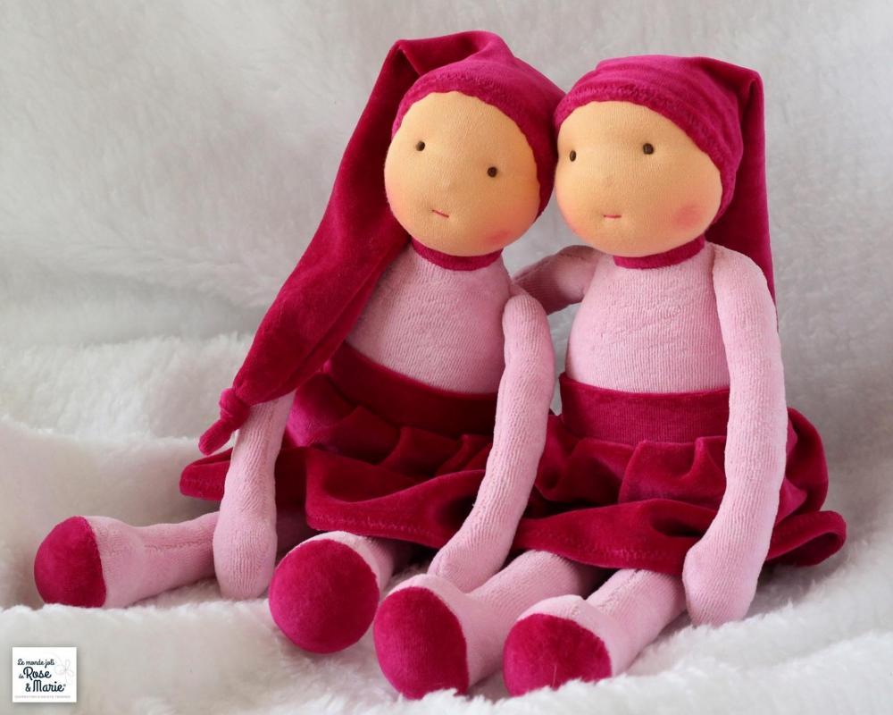 Poupees le monde joli de rose et marie