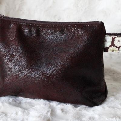 Grande Trousse marron foncée ( ouverture 20 cm ) et Liberty Toria chocolat